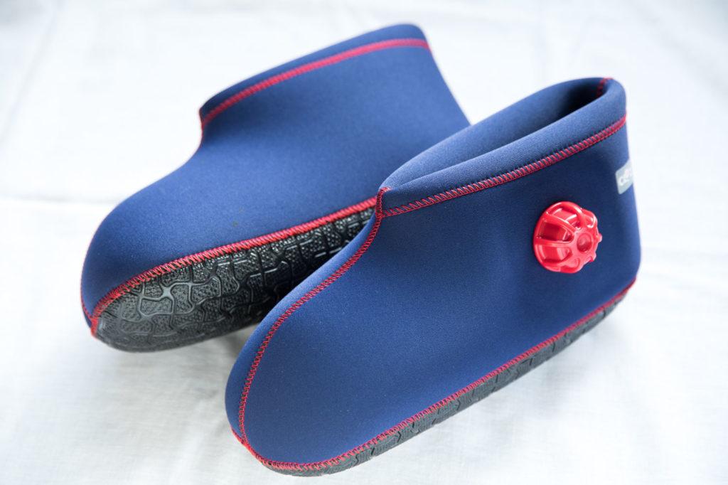 【足元の冷え対策におすすめ!】ブーツ型(靴)湯たんぽで足湯気分!