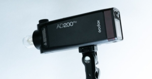 【Godox AD200Proレビュー】小さくて軽いハイパワーのコスパ最高ストロボ!