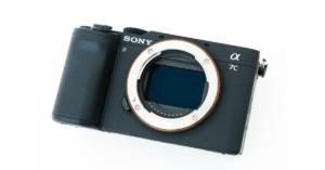 SONY【α7C】レビュー|コンパクトで写真も動画も綺麗に撮れるけど操作性がいまいち